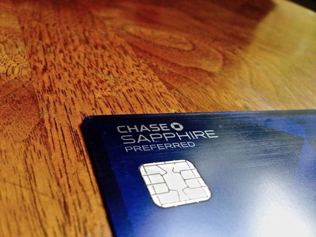 how-to-travel-for-free-chase-sapphire-credit-card-rewards-points-program-mintvine